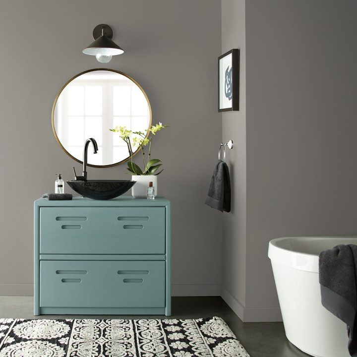 Bathroom walls painted in Behr's 'Battleship Gray', one of the 2020 paint color trends