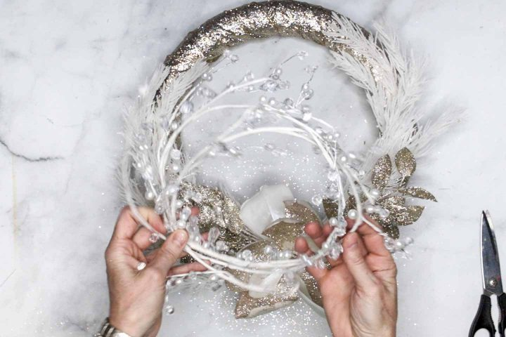 White pearl and crystal garland
