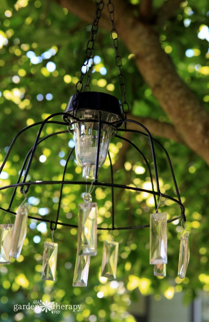DIY solar light chandelier ©gardentherapy.ca