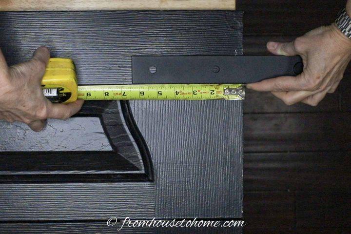 Installing pulleys on the bifold door