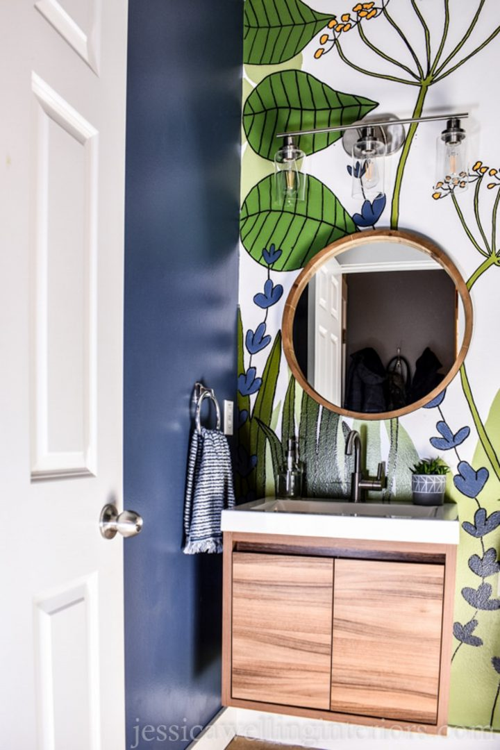 Bathroom wall hand painted with a large botanical mural via jessicawellinginteriors