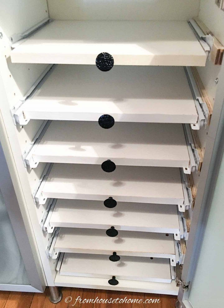 Pull out shelves in a shelving unit